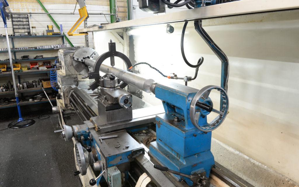 SMIC Usinage industriel 4 tours 2 à 4 axes
